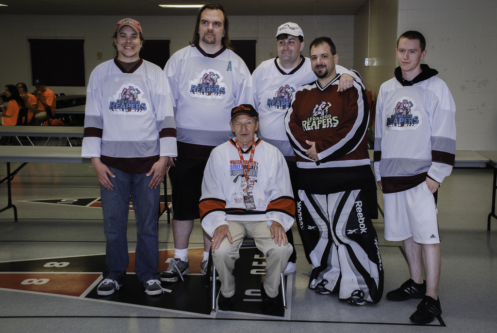 Leonardo Reapers with Walter Gretzky in 2011